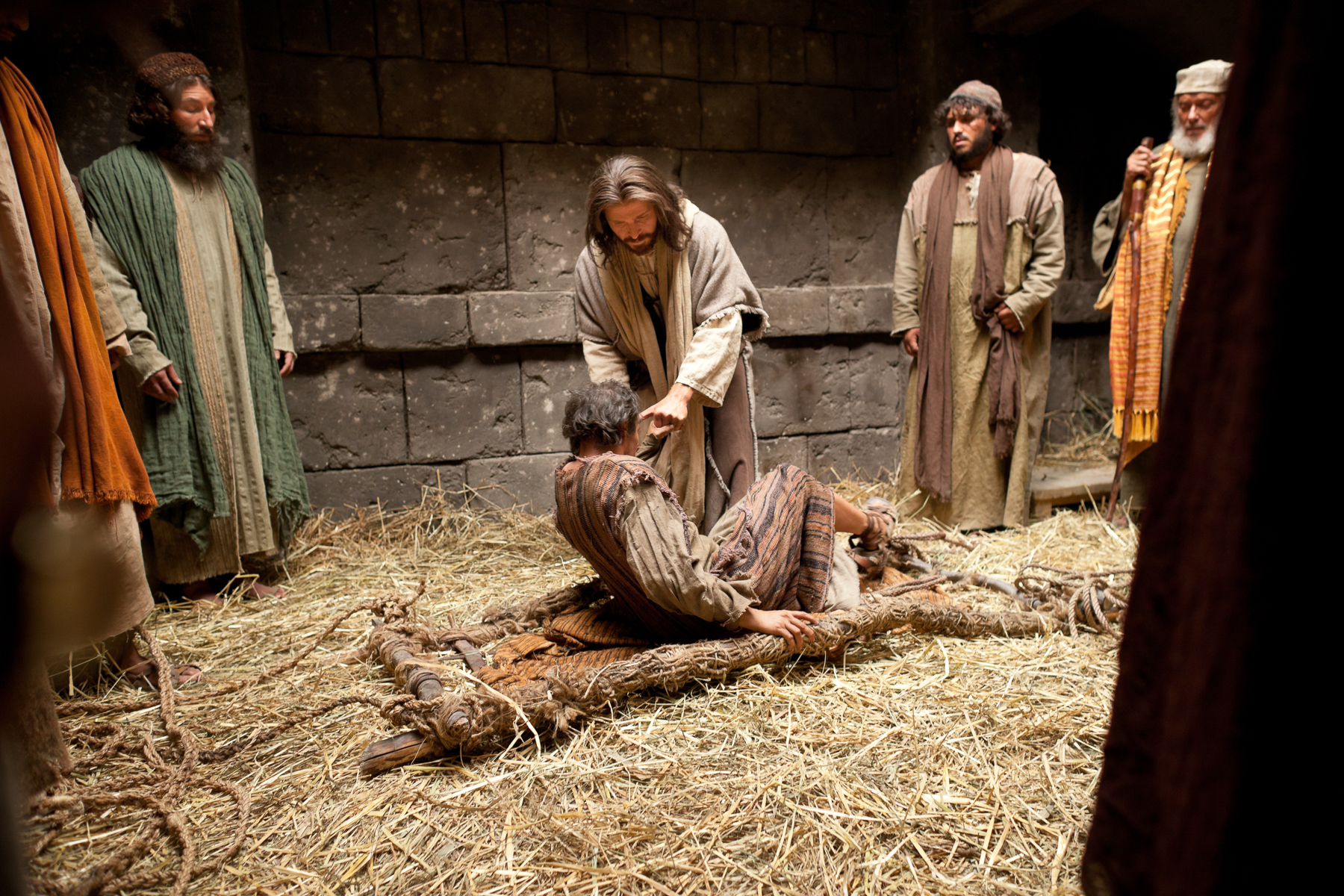 34_jesus-forgives-sins-and-heals-a-man-stricken-with-palsy_1800x1200_300dpi_3